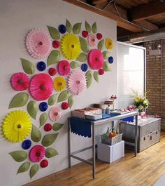 decorar con flores..de papel.