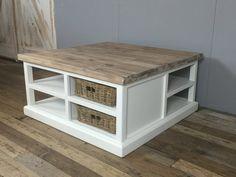 Landelijke witte vierkante salontafel, 95cm.