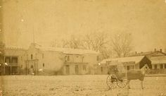 Alamo in the late 1800´s. Notice the saloon next to the Alamo. Texas. Alamo.