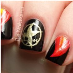 The Hunger Games: mockingjay manicure