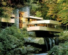 Fallingwater House - F.L.WRight