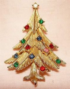 768ba18fa06 Vtg 50's 60's Trifari Crown Christmas Tree Brooch Pin Pronged Rhinestones |  eBay