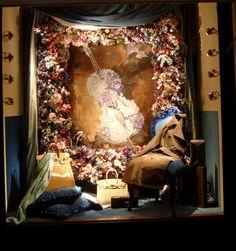 http://huggymonster.com/wp-content/uploads/2011/02/Hermes-window-displays-Paris-huggy-monster-5.jpg