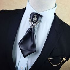 Online Shop i-Remiel High-end Multilayer Retro British Rhinestone Bow Tie Brooch Men's Brooches Pins General Bowtie Cravat Shirt Accessories Leather Fashion, Mens Fashion, Fashion Outfits, Fashion Trends, Brooch Men, Felt Brooch, Mens Wedding Ties, Rhinestone Bow, Suit Accessories