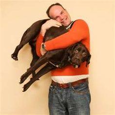 "AWKWARD FAMILY PET PHOTOS....Poor dog is like ""Somebody help me...Please?"" LMAOLMAO"