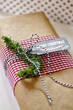 7 Unique Christmas Gift Wrapping Ideas