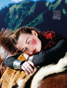 www.pegasebuzz.com   Kseniya Shapovalova by Nicoline Patricia Malina for Harper's Bazaar Indonesia, september 2014