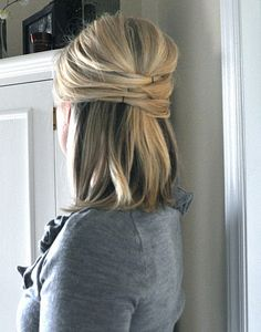 Elegant half up. so want to try this!DIY #tutorial #hair #hairdo