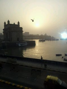 Early Morning in Colaba