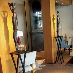 pedestals for sculpture with pole stand