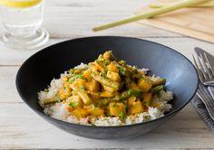 Thailändisches Kartoffelcurry mit Zitronengras, grünen Bohnen und Kokosmilch, dazu Basmatireis Rezept   HelloFresh