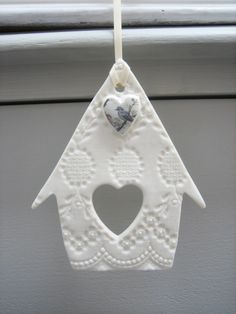 Best Photo clay ornaments bird Suggestions Bird house hanging decoration from Amanda Mercer Clay Christmas Decorations, Christmas Clay, Christmas Ornaments, Xmas, Tree Decorations, Paper Clay, Clay Art, Clay Ornaments, Salt Dough