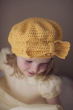 FREE crochet hat with bow, just delightful pattern. Thanks ever so for share xox