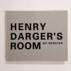 Henry Darger's room now available in our bookstore ! Bilingual japanese/english. 25€