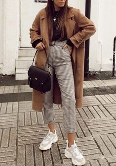 You are looking for stylish jackets and coats? Then look at our vo - You are looking for stylish jackets and coats? Then look at us … - Winter Outfits For Teen Girls, Spring Work Outfits, Fall Outfits, Cute Outfits For Winter, Outfits For Work, Cold Weather Outfits For School, Summer Day Outfits, Casual Autumn Outfits Women, Cute Date Outfits