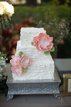 We love this beautiful rustic cake complete with pink peonys in sugarcraft and wood effect frosting Square Wedding Cakes, Wedding Cakes With Cupcakes, Elegant Wedding Cakes, Wedding Cake Designs, Wedding Cake Toppers, Elegant Cakes, Wedding Cake Fresh Flowers, Purple Wedding, Gold Wedding