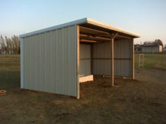 about loafing sheds Barn Plans, Shed Plans, Farm Shed, Loafing Shed, Horse Shelter, Dream Stables, Building Systems, Building Ideas, Horse Farms