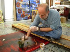 "Robert Kushner-Studio/ NYC | Robert Kushner (born 1949, Pasadena, CA) is an American contemporary painter who is known especially for his involvement in Pattern and Decoration. He has been called ""a founder"" of that artistic movement. In addition to painting, Kushner creates installations in a variety of mediums, from large-scale public mosaics to delicate paintings on antique book pages."