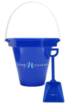 Kids will love this bucket and shovel, perfect for celebrating Pure Michigan Lake Effect this summer.