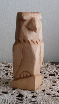 Fancy Simple Wood Carving Designs For Small Blocks Collection - Simple Simple Wood Carving, Wood Carving Faces, Dremel Wood Carving, Wood Carving Designs, Wood Carving Patterns, Wood Carving Art, Wood Art, Wood Patterns, Whittling Patterns