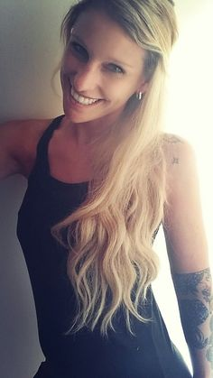 #blond girl #longhair #tattoo #tattooed #bini #binshe #carina #biene