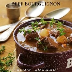 Slow cooked Beef Bourguignon is the most delicious French winter casserole. Designed to be the ultimate comfort food on a cold night. Beef Goulash, Goulash Recipes, Meat Recipes, Slow Cooker Recipes, Paleo Recipes, Crockpot Recipes, Cooking Recipes, Delicious Recipes, Beef Bourguignon