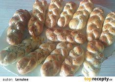 Rychlohousky bez droždí recept - TopRecepty.cz Hot Dog Buns, Hot Dogs, Dumplings, Sausage, Bread, Food, Diet, Sausages, Brot