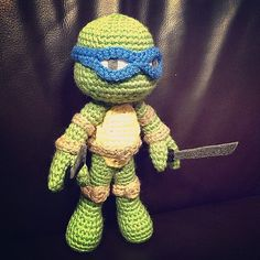 Crochet your own Teenage Mutant Ninja Turtle amigurumi!  This is a listing for the PDF pattern. The pattern has 5 pages of instruction and photos to