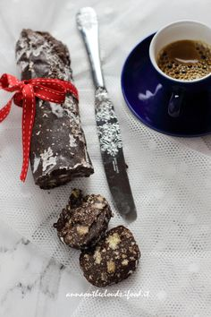 Salame di cioccolato – senza UOVA   Anna On The Clouds