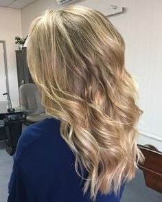 GORGEOUS set of Kera-link hair extensions that blended oh-so-perfectly!!!  Text me at 601-410-5293 to book your hair extension consultation. Good extensions don't just happen. #thegwsalon #extensionspecialist