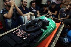 pelanggaran HAM yang dilakukan pasukan Israel kepada para wartawan lokal.