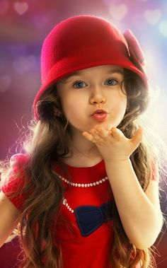 """Life is beautiful"": Photo Beautiful Children, Beautiful Babies, Beautiful Clothes, Cute Baby Girl, Cute Babies, Blowing Kisses, Good Morning Gif, Friday Morning, Morning Girl"