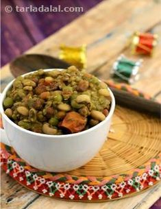 Mixed kathol features a wonderful combo of pulses cooked and presented the gujarati way. Kathol is part of the 'jaman' served during the festive seasons, but it is also made regularly in gujarati households throughout the year.