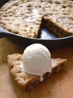 skillet cookie 1 12 Days of Recipes: The Skillet Chocolate Chip Cookie