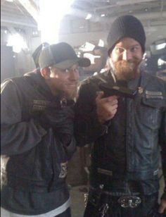 How cute are they??    Jax / Charlie Hunnam / Opie / Ryan Hurst / Sons of Anarchy