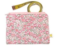 Zippered pouch pink flowers (12.00 AUD) by givemeacrown