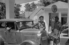 1930s Amaco Gas station & Model-A fill-up