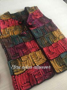 Zincir işi yelek Pull Crochet, Crochet Cardigan, Filet Crochet, Crochet Shawl, Knit Crochet, Floral Wallpaper Iphone, Knitting Patterns, Crochet Patterns, Summer Blouses