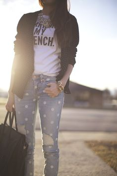 polka dots + simple tee + statement necklace // Pink Peonies