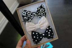 black and white hair bows Tumblr Quality, Lace Bows, Tumblr Fashion, Tumblr Girls, Pretty Hairstyles, Girly Things, Girly Stuff, Headbands, Hair Beauty
