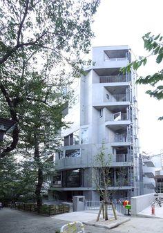 桜テラスの賃貸情報。 デザイナーズマンション 品川区東五反田5-22-20の物件です。JR山手線「五反田」が利用可能な高級賃貸マンションです。高度な検索機能と情報量に対応して表示速度も速くなりました。