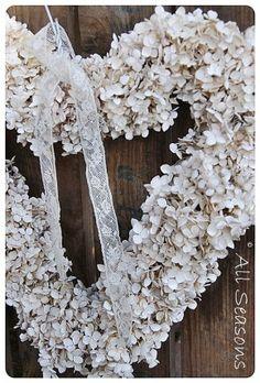 wit spuiten van gedroogde bloemhart
