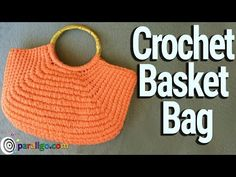 Diy Crafts - Crochet Basket Bag Watch the video and find out how you can make a Crochet Bag that resembles a woven straw bag! Crochet Video, Easy Crochet, Crochet Hooks, Free Crochet, Crochet Baskets, Crochet Bag Tutorials, Crochet Projects, Crochet Designs, Crochet Patterns