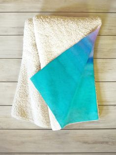 cozy sherpa throw -