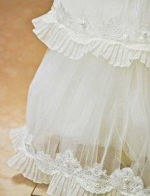 Lumanare botez Girls Dresses, Flower Girl Dresses, Wedding Dresses, Flowers, Fashion, Dresses Of Girls, Bride Dresses, Moda, Bridal Gowns