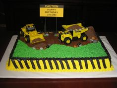 Construction Bulldozer Birthday Cake - not that I have a boy but this is cute