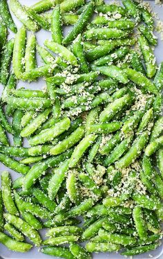 Garlic Parmesan Sugar Snap Peas is part of Snap peas recipe healthy - Garlic Parmesan Sugar Snap Peas Healthy, delicious and quick to make roasted sugar snap peas tossed in a crunchy and flavorful parmesan cheese mixture Pea Recipes, Side Dish Recipes, Vegetable Recipes, Vegetable Snacks, Cucumber Recipes, Chicken Recipes, Dinner Recipes, Carrots And Potatoes, Sugar Snap Peas