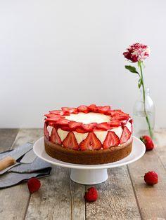 Jahodový smetanový dort - fraisier