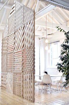 Muros divisorios en madera.