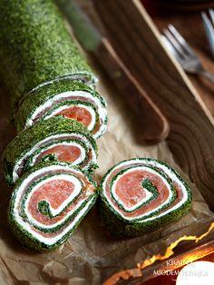 rolada szpinakowa z łososiem i kremowym serkiem Salad Rolls, Types Of Cakes, Low Carb Diet, Food Plating, Eating Well, Avocado Toast, Sushi, Seafood, Food And Drink